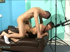 Horny twinks Alex Cumming and Tommy Benson suck and fuck on the couch