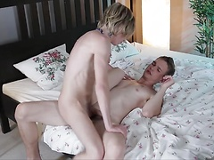Horny blond twink savours every inch of Robie Kasl's monster uncut dick!  HD